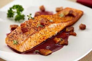 рыба в красном вине фото